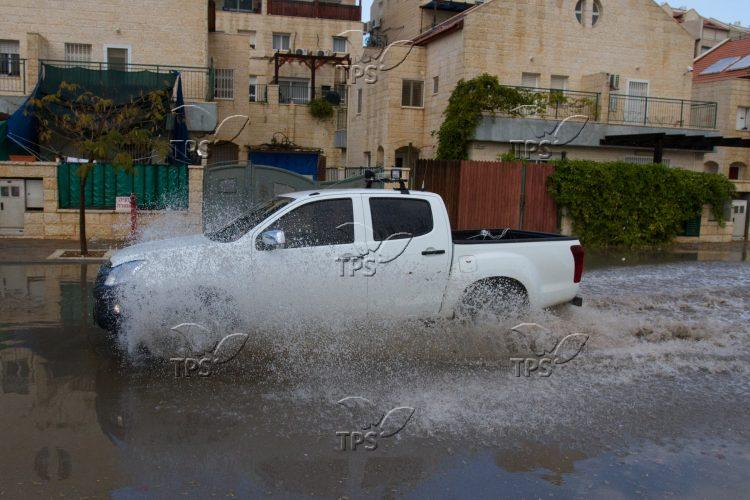 Flood Due to Rain in the Binyamin Community of Adam 30.12.15