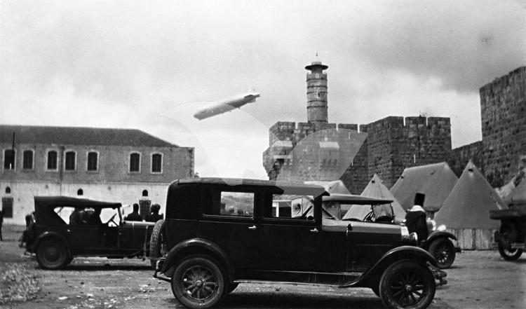 Credit: Elia Kahvedjian. Zeppelin airship over Jerusalem, view from the Kishle. 1931. Photo Elia