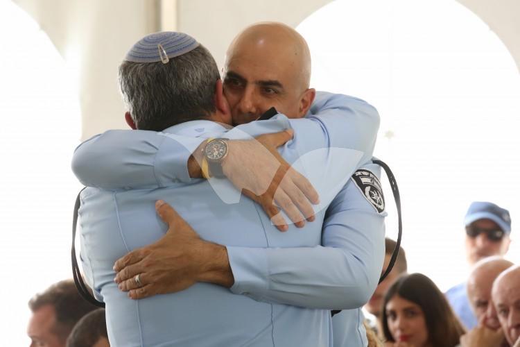 Moshe Barkat and Roni Alsheikh embrace, 16.5.16