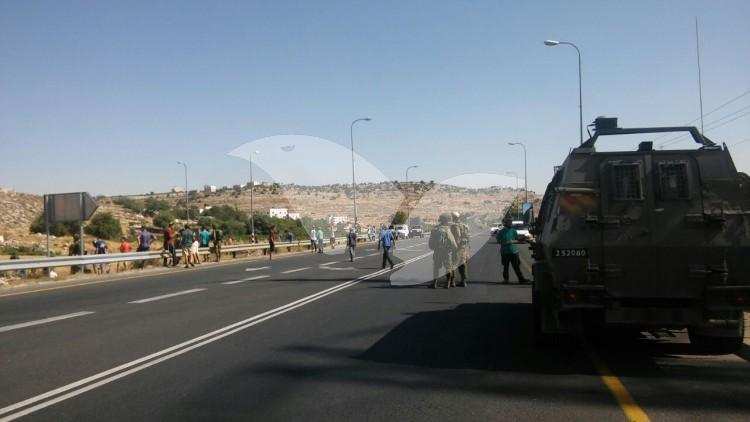 Civilians Block Route 60 to Palestinians Following Terror Attack
