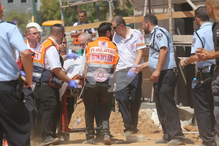 Parking Lot Collapse in Tel Aviv Rescue Efforts