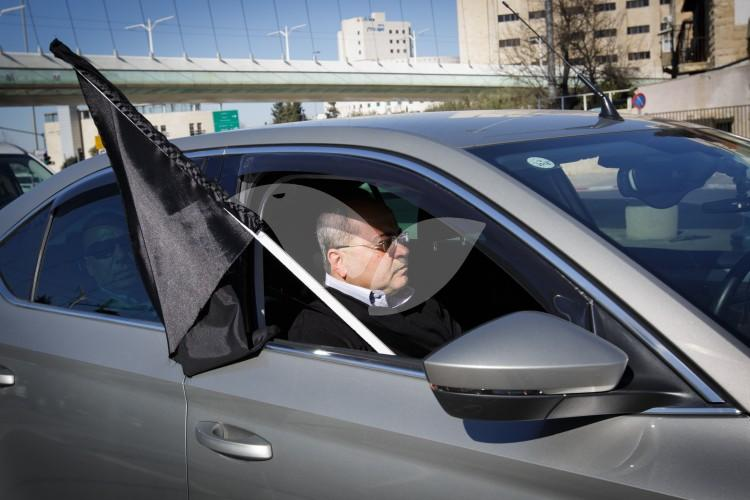 Arab sector stages protest of slow moving cars