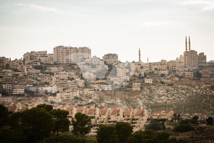 Azarya East Jerusalem Neighborhood, Ma'ale Adumim