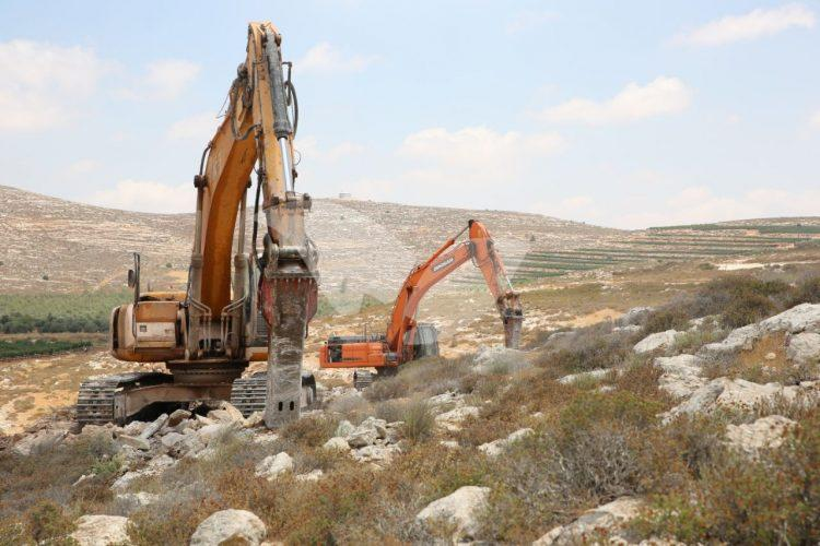 Preliminary work for the new settlement, Amichai, designed for former Amona residents