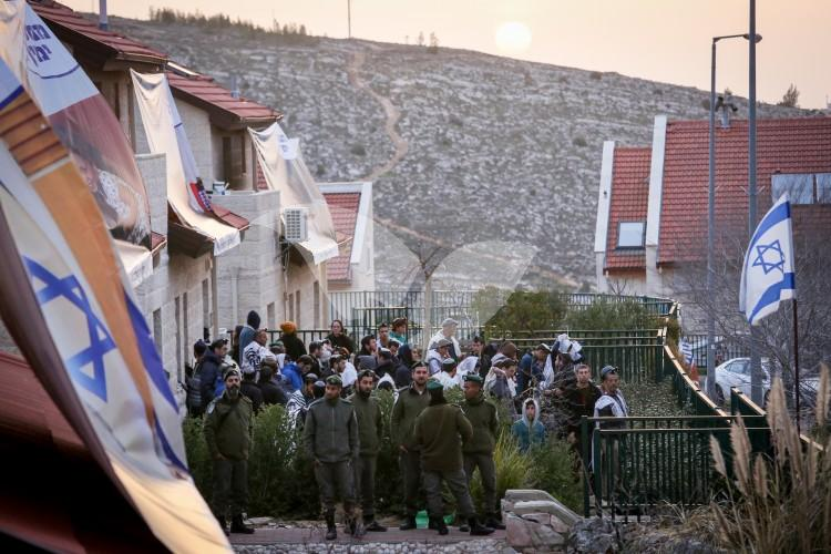 Eviction of Residents from Ofra, 28.2.17