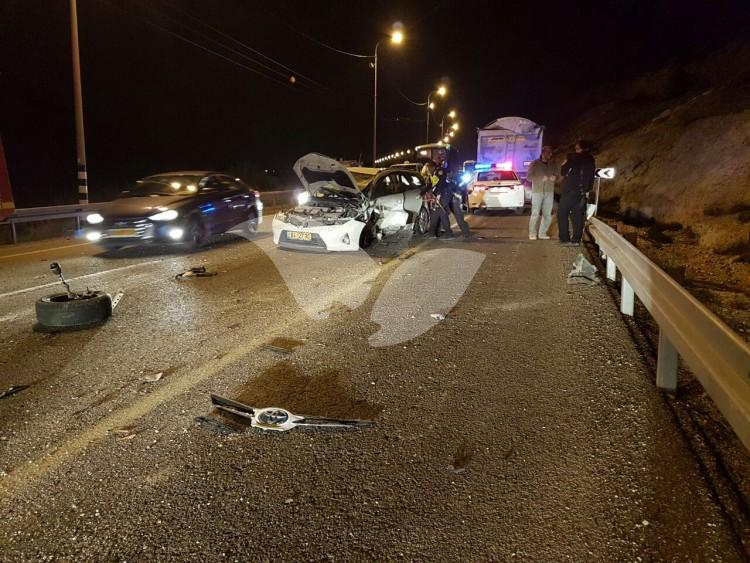 Chain accident presumably caused by previous stone throwing attack on Route 60