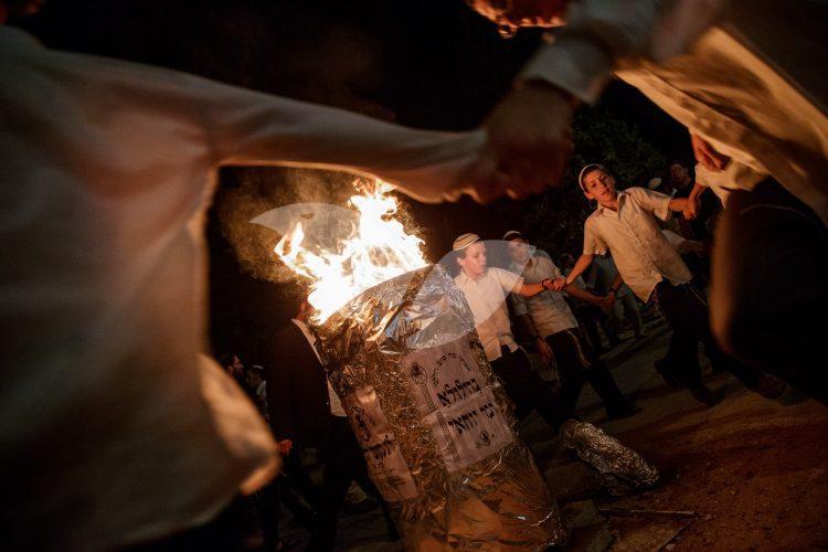 Lag Ba'omer Bonfire in Beit El