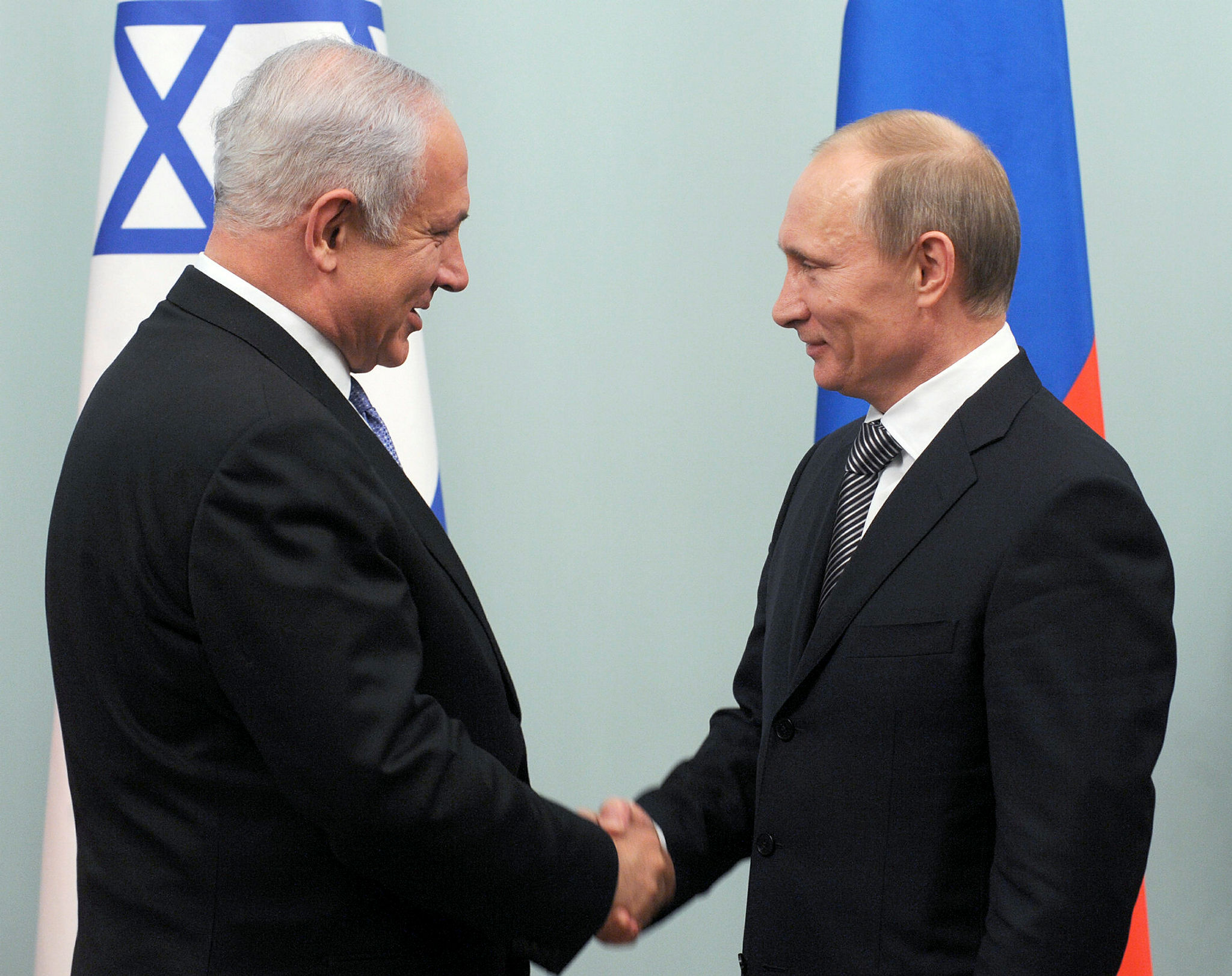 Prime Minister Netanyahu meets with the Prime Minister of Russia Vladimir Putin
