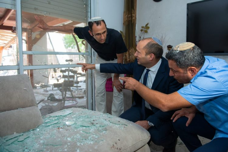 Education Minister visits Sderot home where Gaza rocket Hit