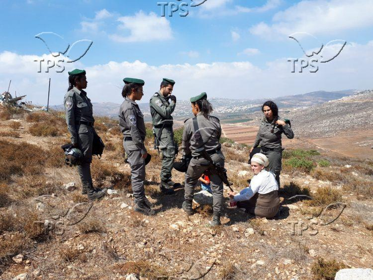 Border Patrol soldiers evict family from Samaria outpost