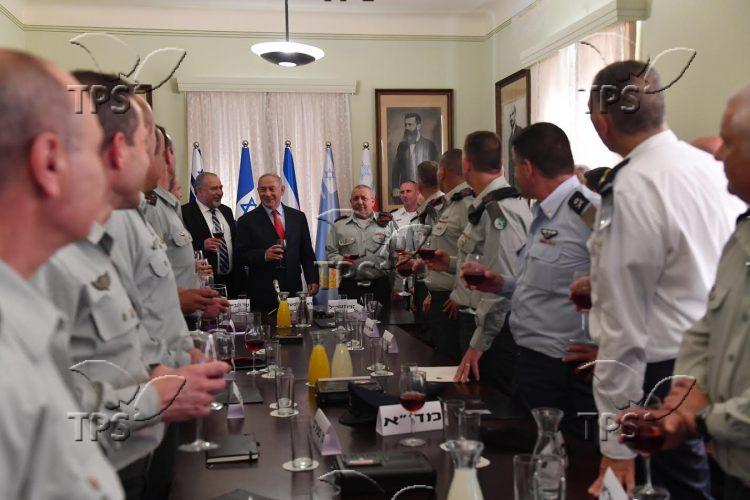 PM Netanyahu Attends New Year Toasts with the IDF General Staff Forum