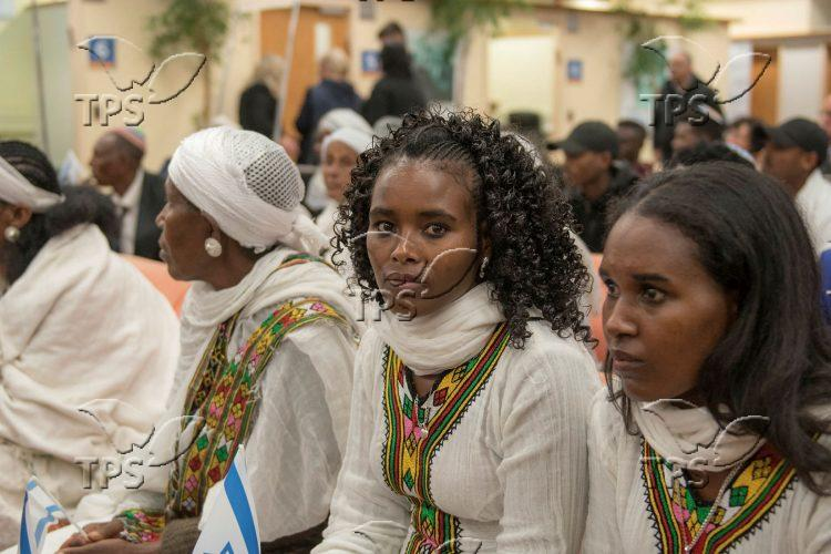 Immigrants from Ethiopia arrived to Ben Gurion Airport