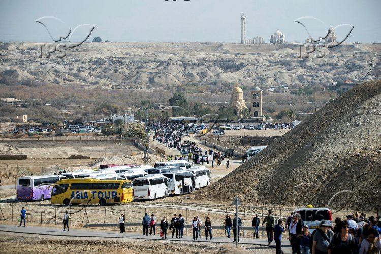 Christian Orthodox pilgrims at Qasr el Yahud