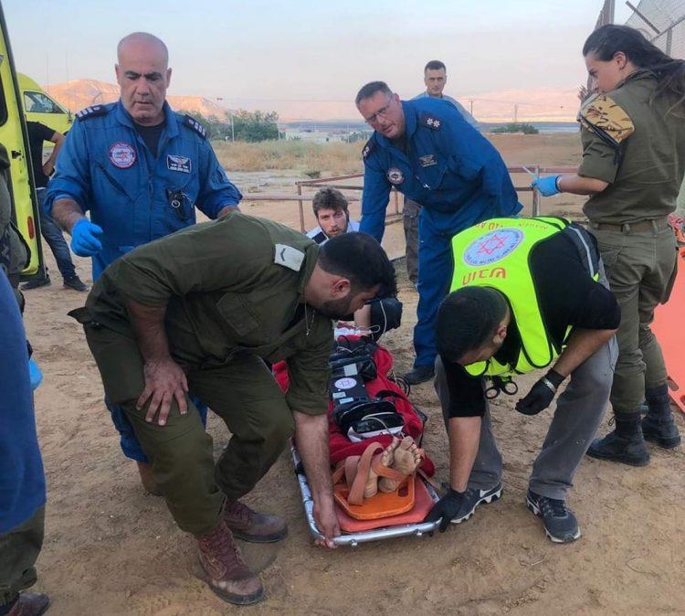 IDF Medics Treat Injured Arab Woman