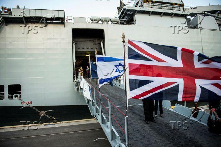 HMS Ocean (L12), the UK amphibious assault ship, in Israel