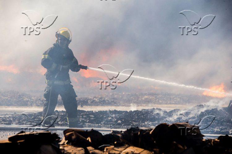 Fire at Idan Ha'Negev Industrial Area