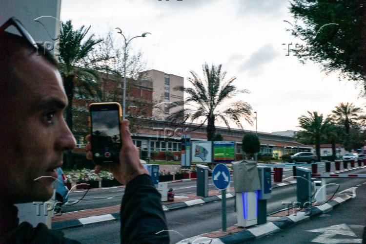Man films rockets, Ashkelon
