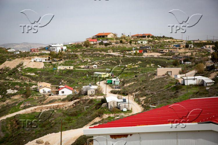 Khavat Gil'ad in Judea and Samaria