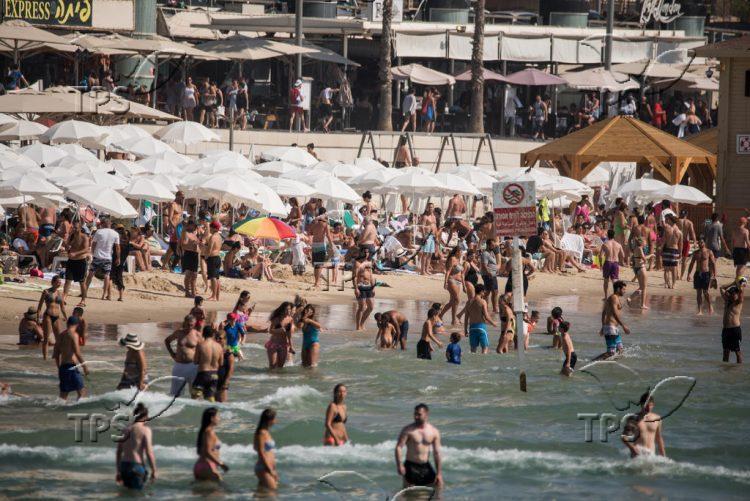 Publich beach in Tel Aviv