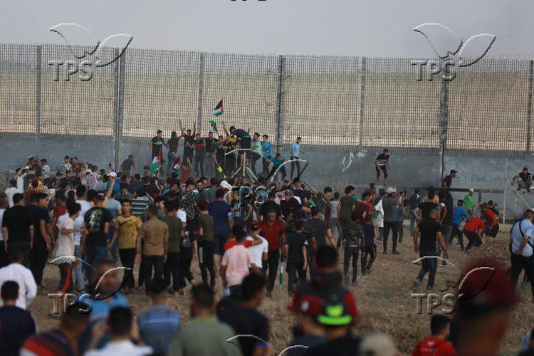 Violent demonstration along the Israel-Gaza border